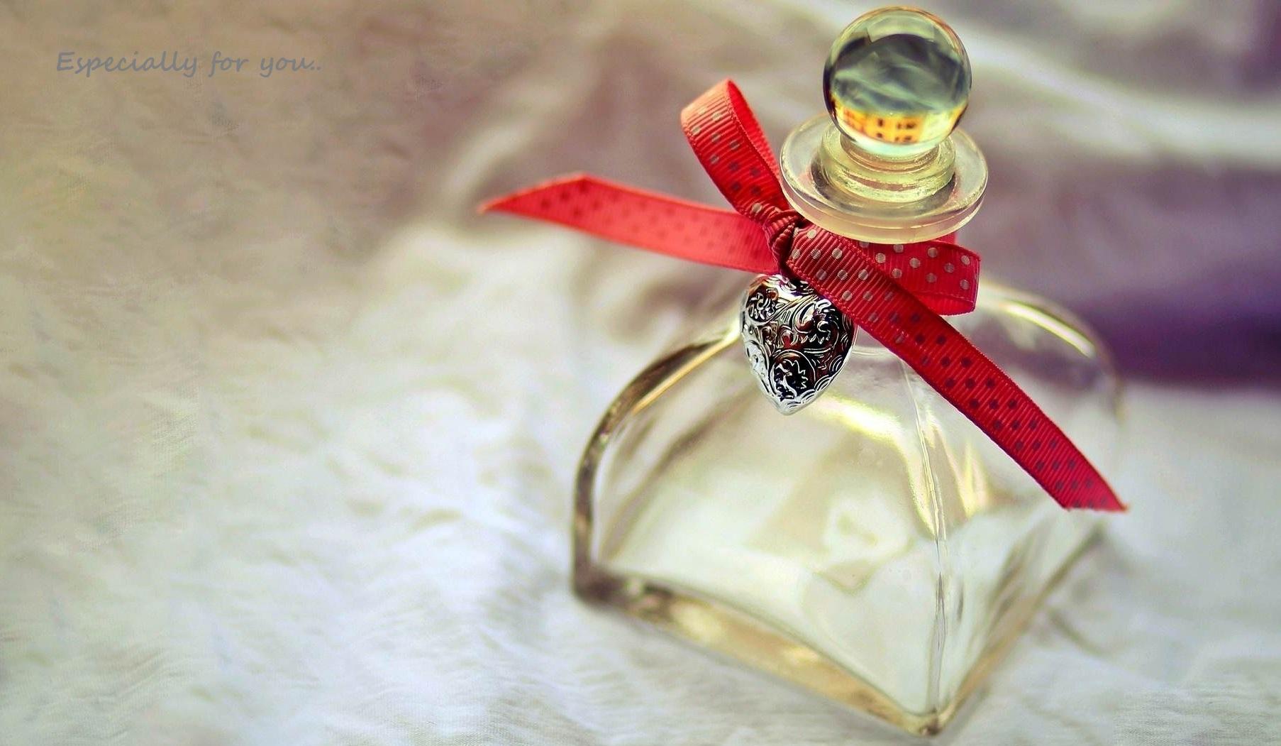 Mitos Memberi Hadiah Parfum
